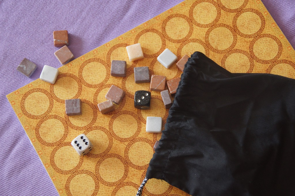 Capere Bag Board & Marble PiecesMed